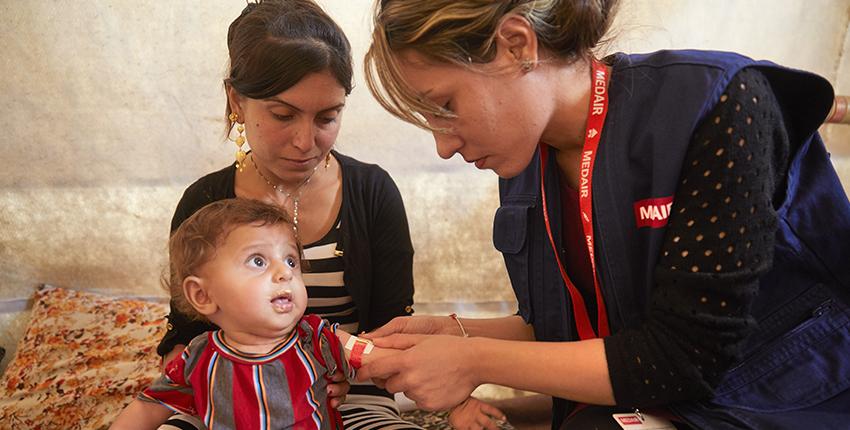 Faire de l'humanitaire en tant que chrétien, à quoi ça ressemble ?